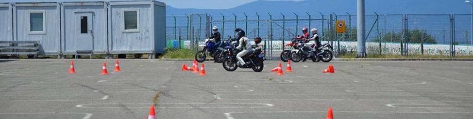 Ingyenes Vezetéstechnikai Motoros képzés 50 fő részére